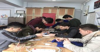 bisikletim enerji üretiyor Ayancık Mesleki ve Teknik Anadolu Lisesi